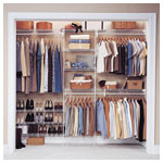 SuperSlde Walk In with Linen Storage
